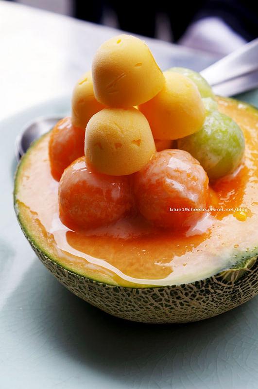 【台南冰品】泰成水果店 – 70年府城老店出現創新冰品的哈密瓜瓜冰