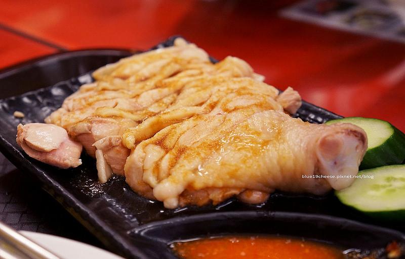 【台中北區】新加坡美食 – 新加坡樂手開的.價格實惠.生意很好.海南雞肉不錯吃.食尚玩家報導