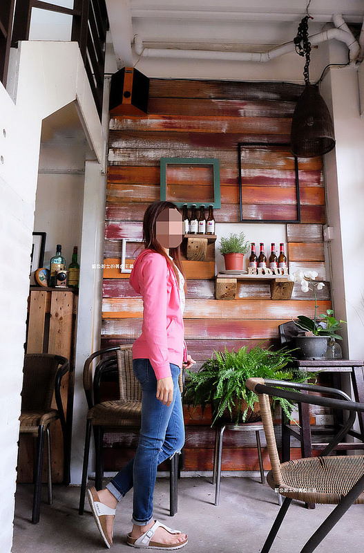 c5193aac5d0be3504a5d42f1871704a6 - 筆堆勤美店-筆堆咖啡好生活.紅磚牆老屋咖啡館.被綠意包圍.自然風.小昆蟲.沒有電話訂位.沒有冷氣.半室外空間