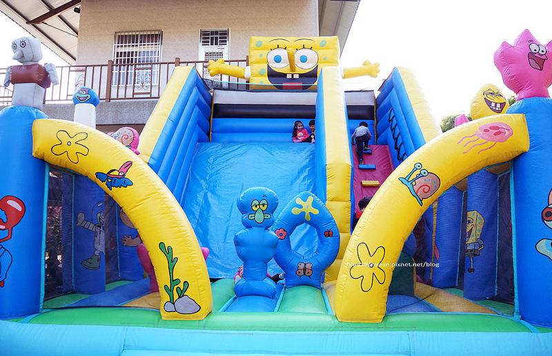 【台中太平】貝比斯Baby's 親子餐廳 – 積木沙坑釣魚池大型氣墊彈跳溜滑梯扮家家酒童書繪本.童樂會聚會好去處.可用FB 私訊預約.經頭汴國小往鴻禧太平高爾夫球場方向