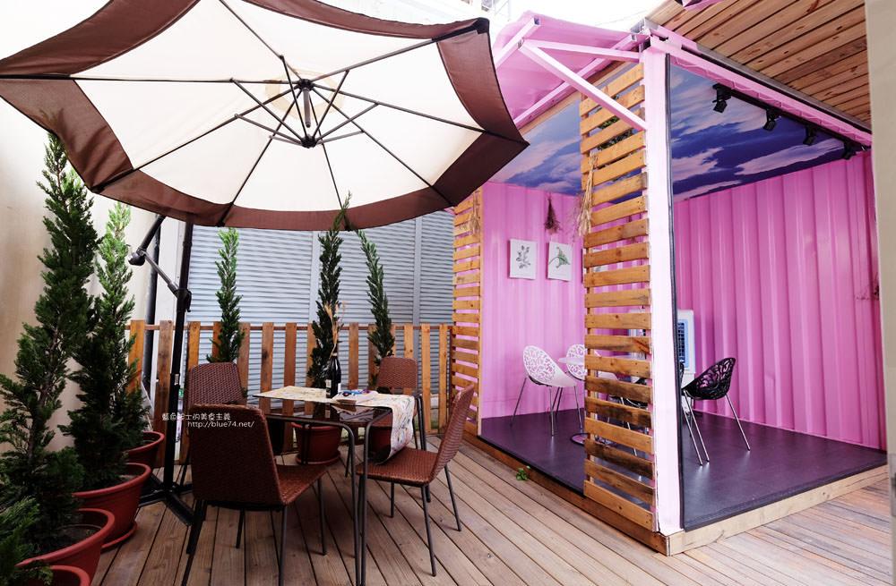 20170713003056 21 - ㄚㄚ販店-粉紅色夢幻貨櫃加乾燥花拍照場景.賣的是九宮格中式精緻餐點.潭子國小附近