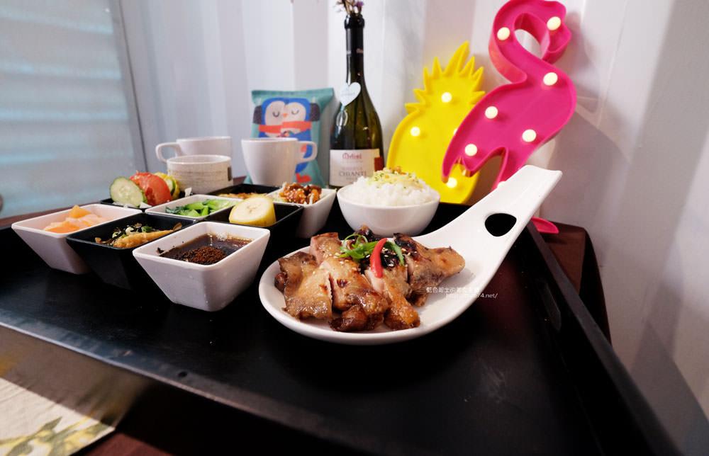 20170713003059 22 - ㄚㄚ販店-粉紅色夢幻貨櫃加乾燥花拍照場景.賣的是九宮格中式精緻餐點.潭子國小附近