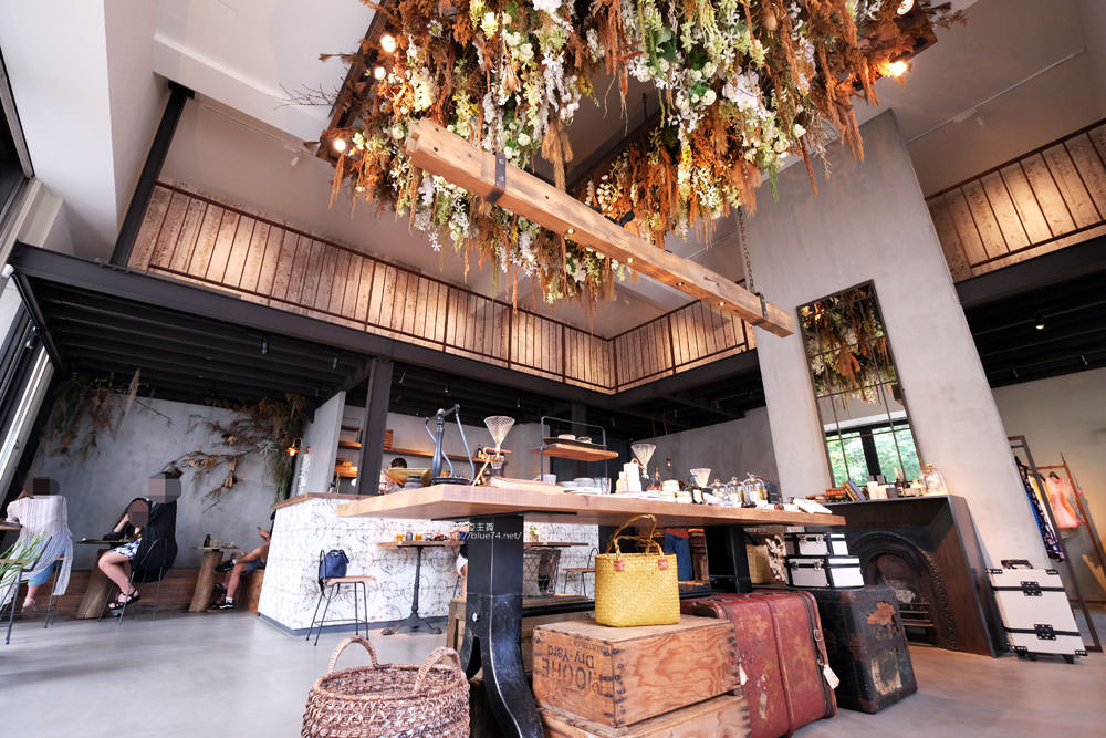 KiiTO KiiTO cafe-選物服飾結合咖啡館.甜點來自序曲.美店IG牆好擺拍