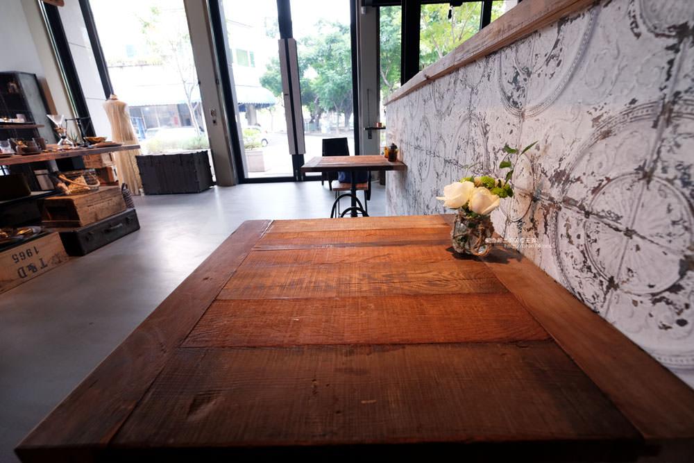 20170819012241 58 - KiiTO KiiTO cafe-選物服飾結合咖啡館.甜點來自序曲.美店IG牆好擺拍