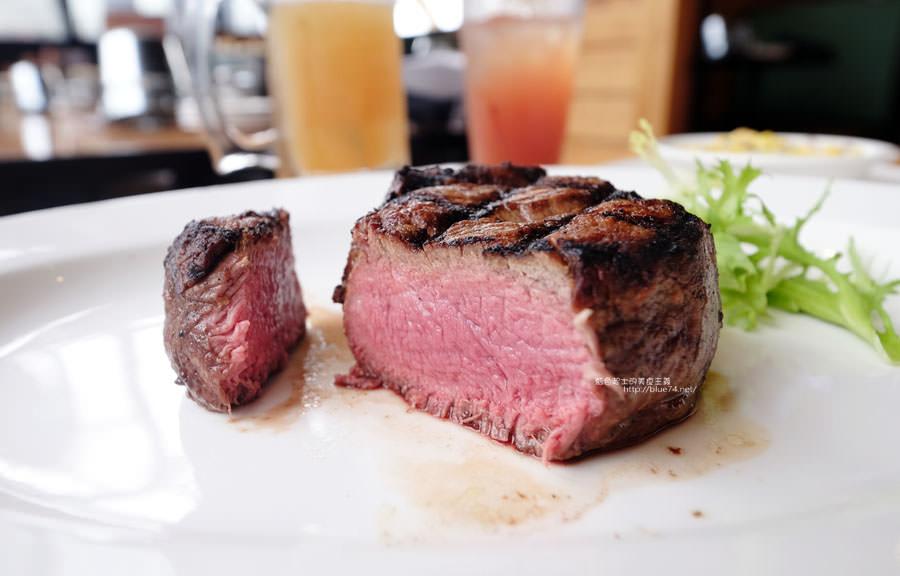 台中西屯│德州鮮切牛排台中店-來自美國人氣牛排餐廳.道地德州風格.家庭朋友聚餐慶生來大口吃肉吧