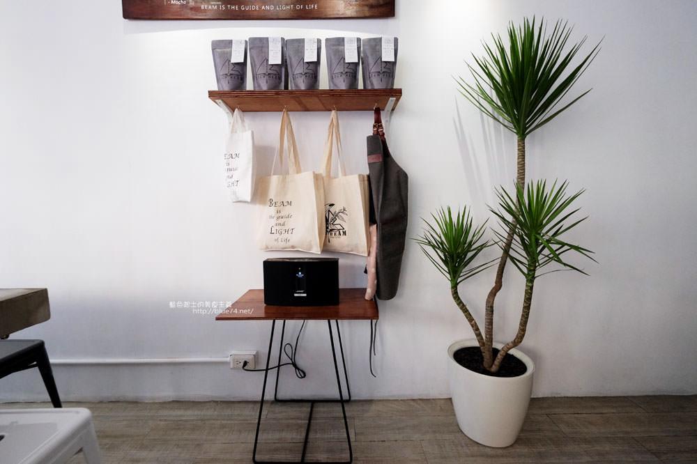 20171123003036 96 - LightBeam Coffee Roasters-一中商圈簡約明亮咖啡館.找晨早午餐老闆新作