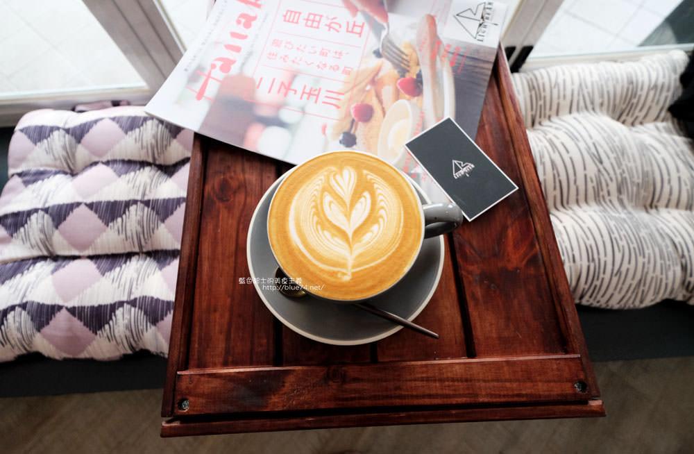 20171123003041 89 - LightBeam Coffee Roasters-一中商圈簡約明亮咖啡館.找晨早午餐老闆新作