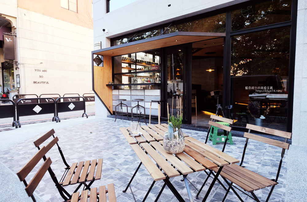 20171124003240 59 - 玖安飛飛│北區有設計感的咖啡館.吃輕食喝咖啡再來份下午茶甜點~