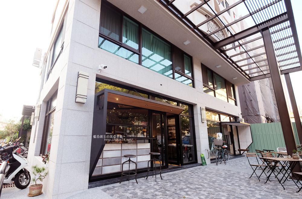 20171124003245 42 - 玖安飛飛│北區有設計感的咖啡館.吃輕食喝咖啡再來份下午茶甜點~