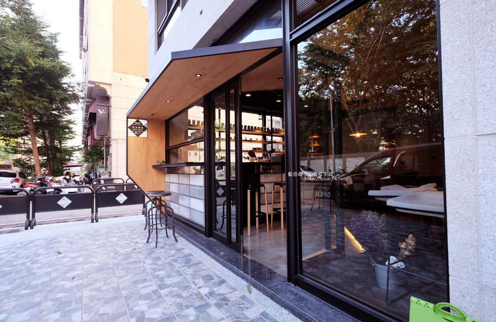 20171124003245 72 - 玖安飛飛│北區有設計感的咖啡館.吃輕食喝咖啡再來份下午茶甜點~