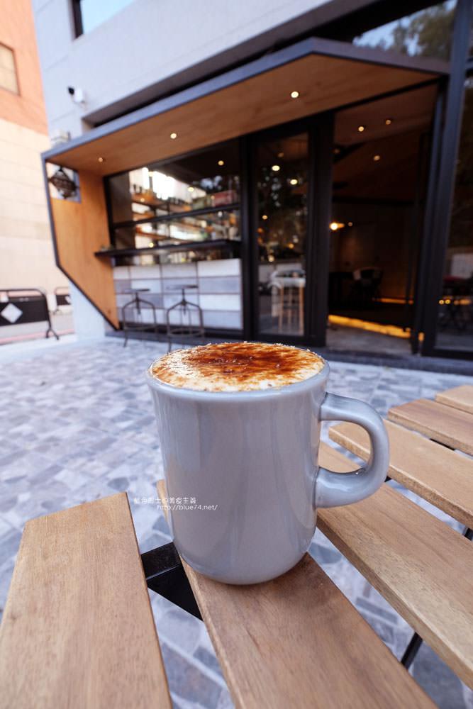 20171124003248 47 - 玖安飛飛│北區有設計感的咖啡館.吃輕食喝咖啡再來份下午茶甜點~