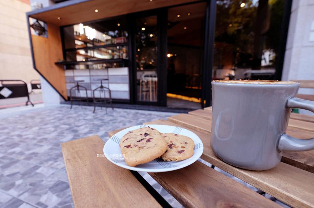 20171124003252 34 - 玖安飛飛│北區有設計感的咖啡館.吃輕食喝咖啡再來份下午茶甜點~
