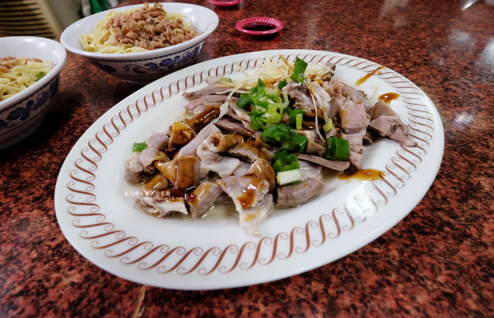 20171125232331 66 - 阿鳳老店鵝肉-沙鹿在地人推薦排隊美食小吃