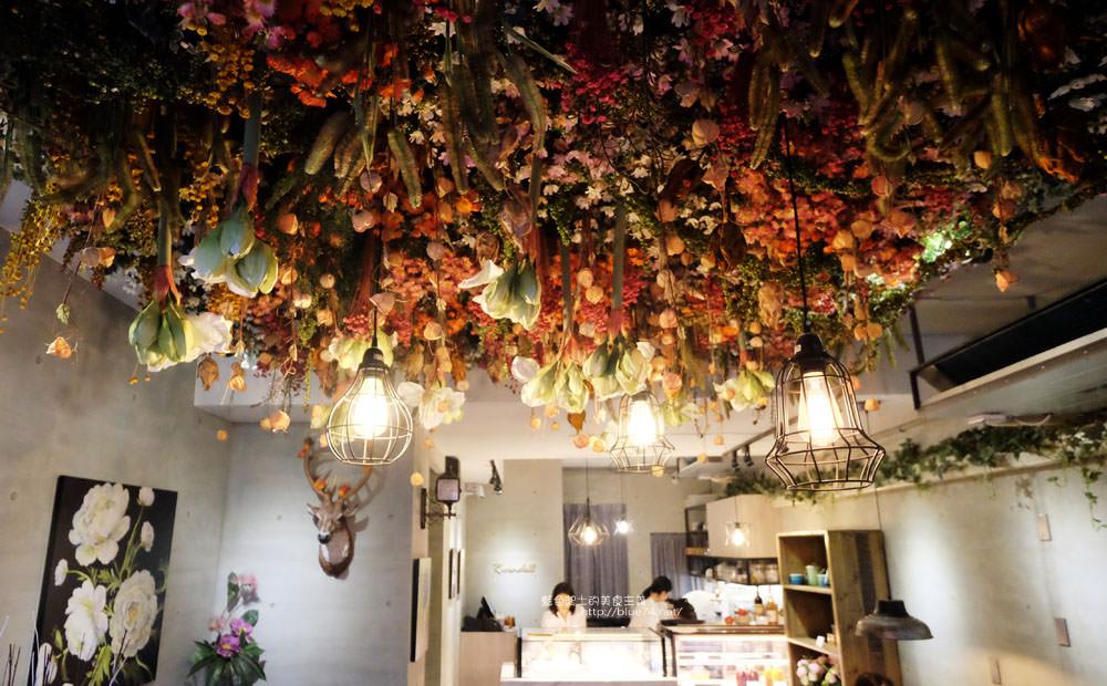 20171127201959 79 - 瑞文戴爾手作甜點-好拍的唯美精靈花園甜點玻璃屋及夢幻迴旋梯