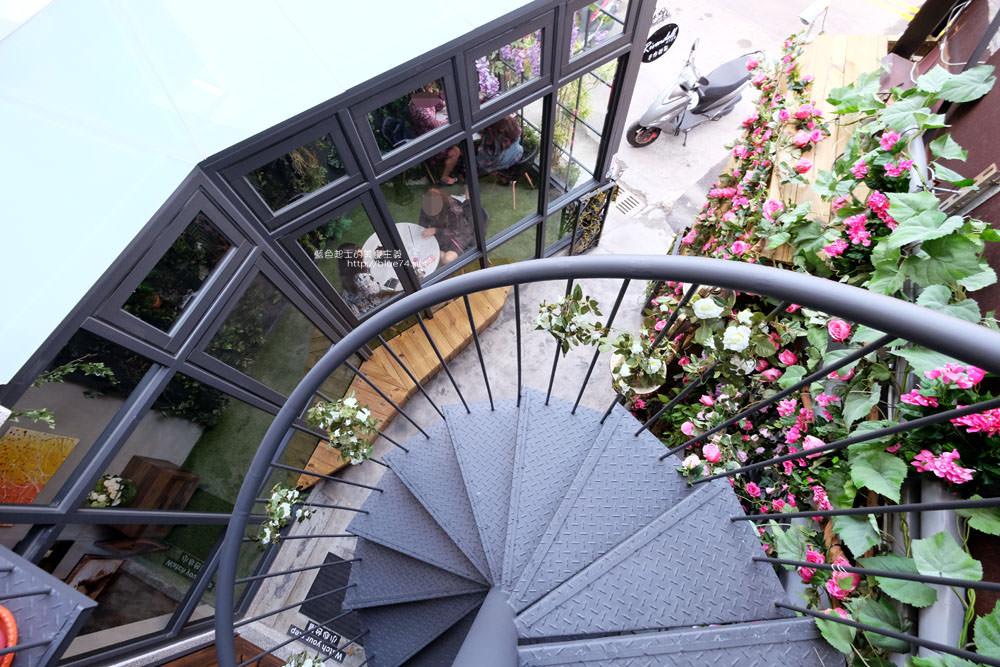 20171127202009 53 - 瑞文戴爾手作甜點-好拍的唯美精靈花園甜點玻璃屋及夢幻迴旋梯
