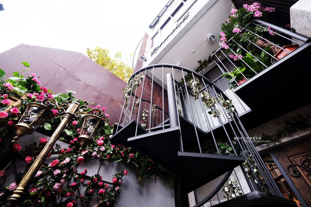 20171127202035 49 - 瑞文戴爾手作甜點-好拍的唯美精靈花園甜點玻璃屋及夢幻迴旋梯