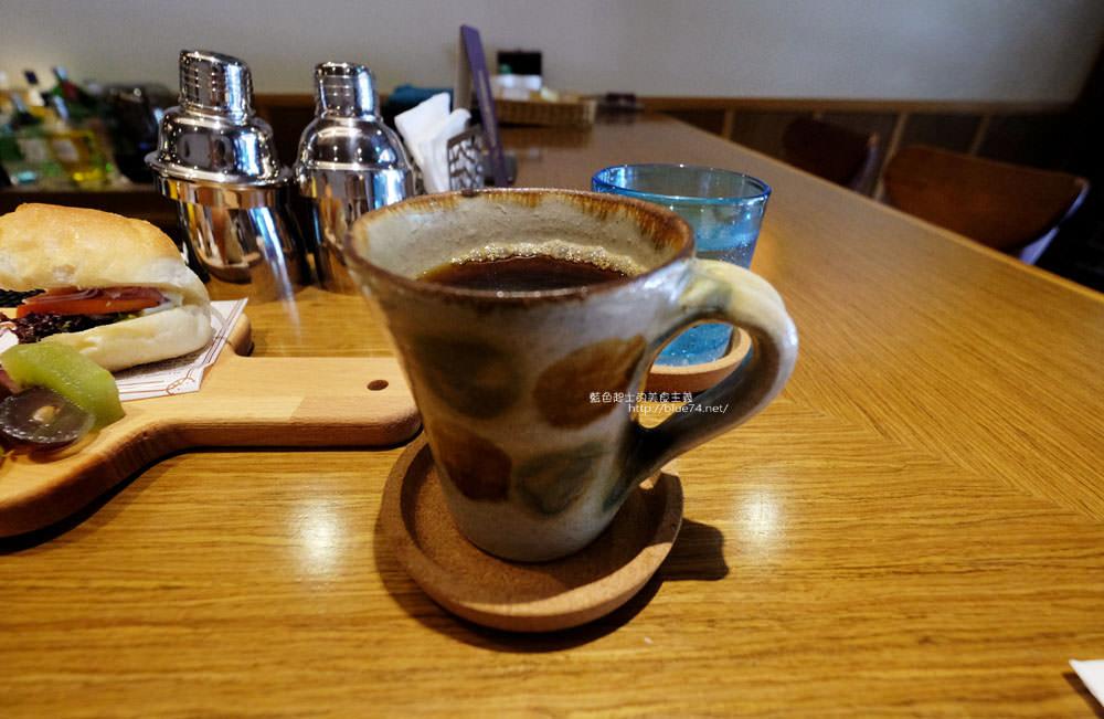 20171128092221 48 - Portside cafe-船屋造型裡好吃的日式舒芙蕾厚鬆餅和早午餐輕食