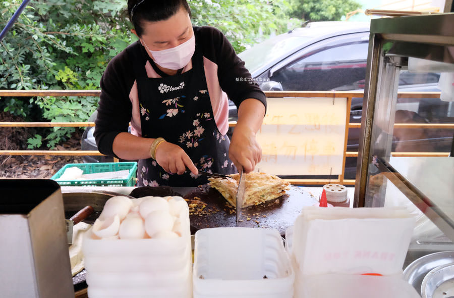 20171206235617 27 - 豐原文具旁蔥油餅-薄酥香好吃.吃完覺得買太少了
