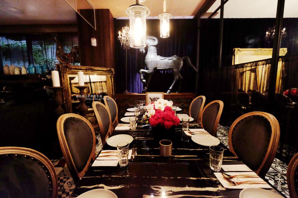 20171216132528 23 - WOO Taiwan台中米平方店-宮廷華麗超好拍浮誇系美店.來自清邁正宗泰式料理.台中第一家分店