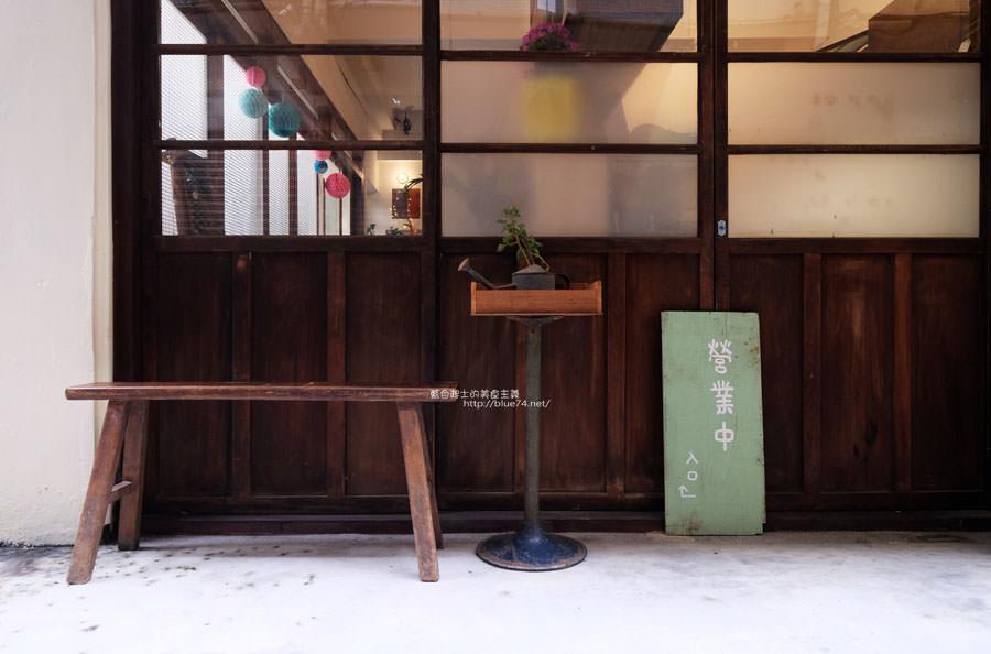 20171220132725 69 - Kichi-隱密巷弄老屋日式鬆餅店.鹹甜口味鬆餅都有.星期三六還可以逛逛樓上的三十二古物店喔