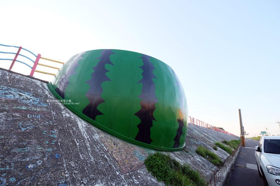 20171223232438 13 - 麗水漁港-百年漁港變身希臘風格拍照打卡景點.還有龍井堤防自行車道西瓜皮休憩座位區跟彩虹廊道喔