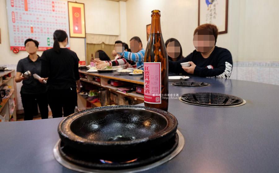 20180103014447 36 - 阿里郎迷你火鍋-整罐米酒的燒酒雞.蒜頭雞有滿滿的蛤蜊和蒜頭