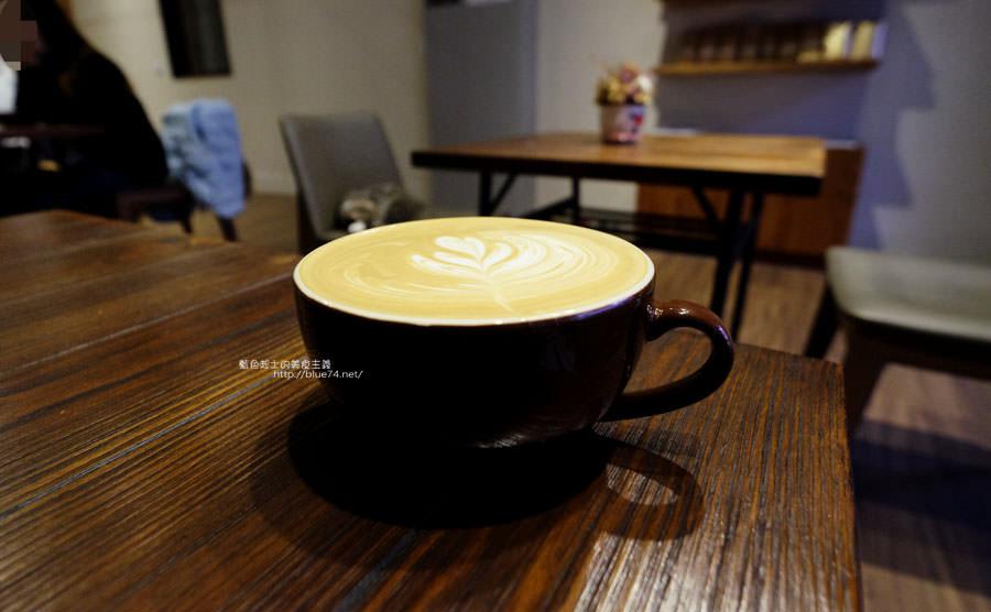 20180103014838 44 - 榮咖啡-沙鹿海線咖啡館.還有可愛店長榮貓