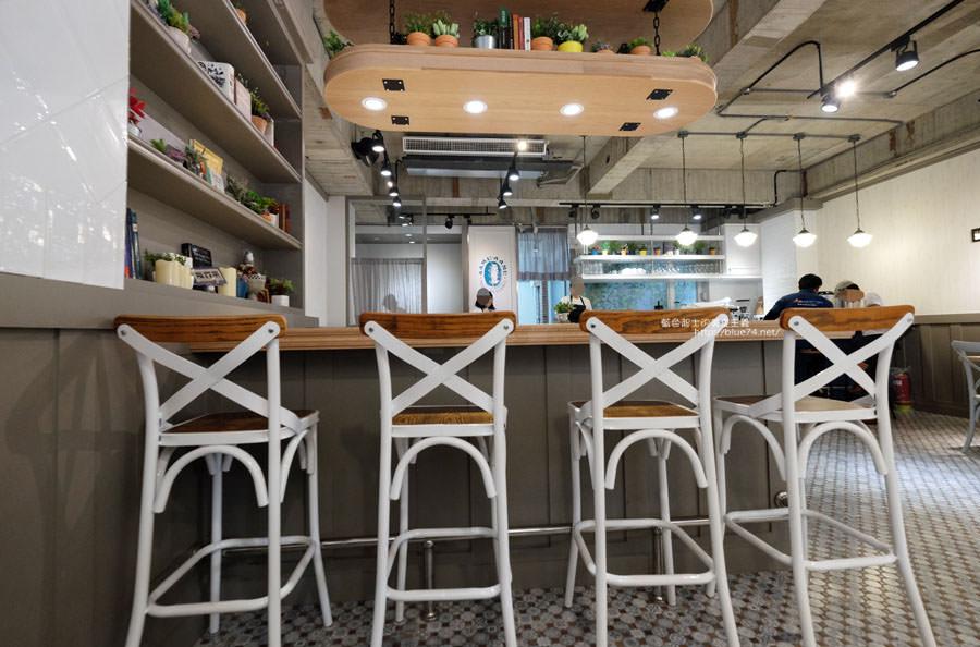 20180104010255 11 - 啊姆AAmuAAmu-餐點清爽不負擔.舒適的法式簡約搭輕工業裝潢