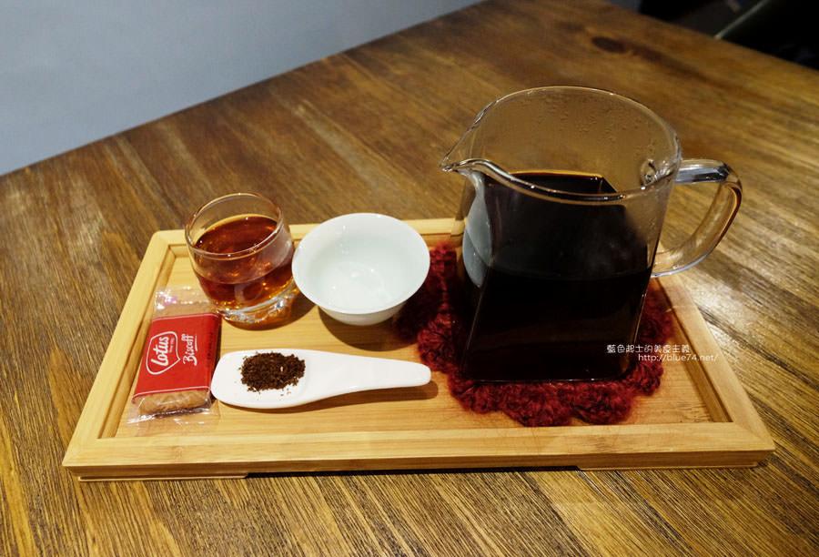 20180109003703 3 - 奇椏咖啡-藏身在沙鹿傳統菜市場裡的咖啡館