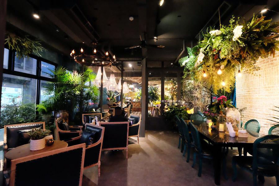 台中西區│O'IN Tea House草悟道門市-花草綠意唯美.拍照好地方