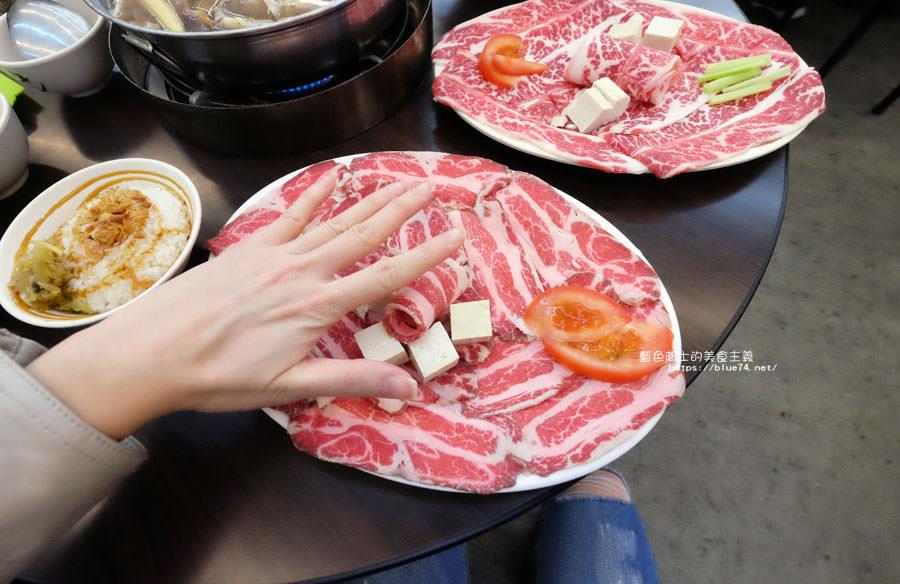 20180128005759 90 - 賢哥牛肉爐-來自彰化.走過一甲子的祖傳牛肉湯頭及自製沙茶醬.也有豬肉鍋