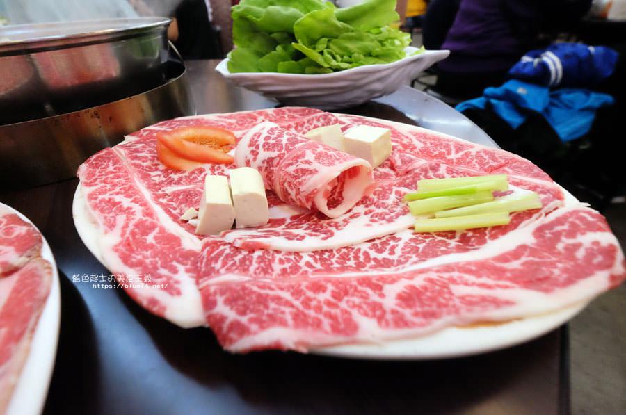 20180128005800 23 - 賢哥牛肉爐-來自彰化.走過一甲子的祖傳牛肉湯頭及自製沙茶醬.也有豬肉鍋