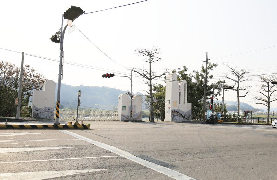 20180222011342 23 - 東勢河濱公園-對面小公園櫻花盛開
