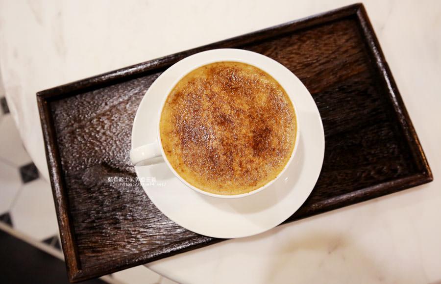 20180224013711 89 - Cross Caffe就享手沖單品義式咖啡-十字街角光線充足咖啡館