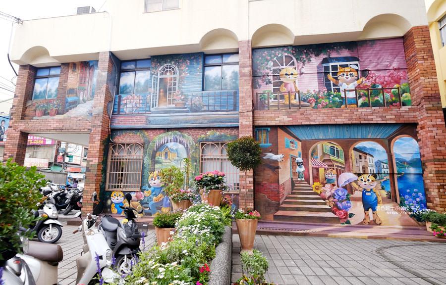 20180314173213 58 - 太平區公所3D石虎家族彩繪-兩層樓高的彩繪牆.石虎家族和花卉主題吸睛好看