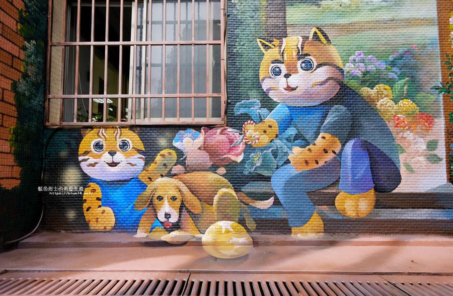 20180314173215 80 - 太平區公所3D石虎家族彩繪-兩層樓高的彩繪牆.石虎家族和花卉主題吸睛好看
