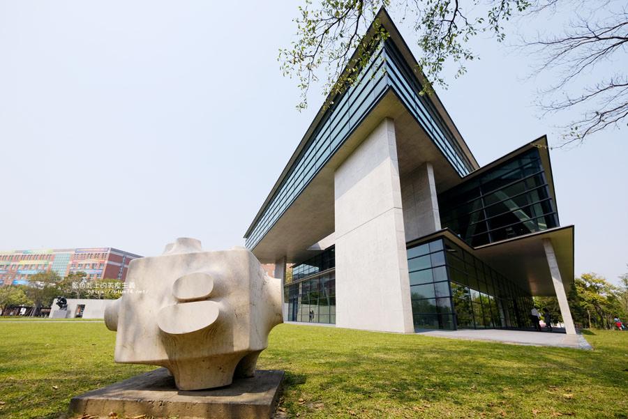 台中霧峰│亞洲大學現代美術館-在正三角形空間中看見無極之美.空間與抽象對話.趙無極回顧展
