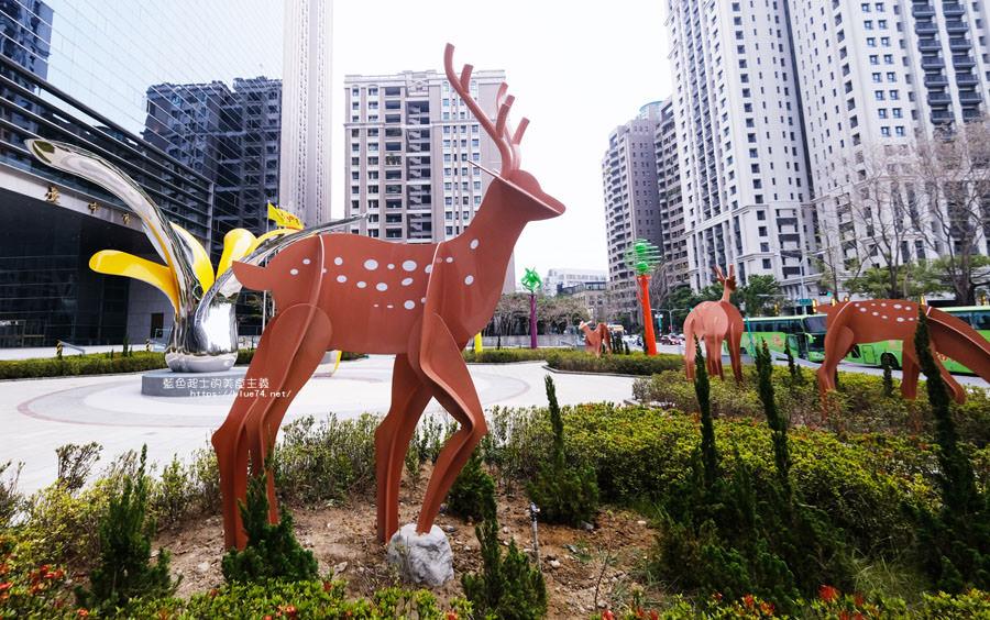 台中西屯│台中市議會-梅花鹿與花朵的共生共榮林中鹿主題造景.廣場裝置藝術
