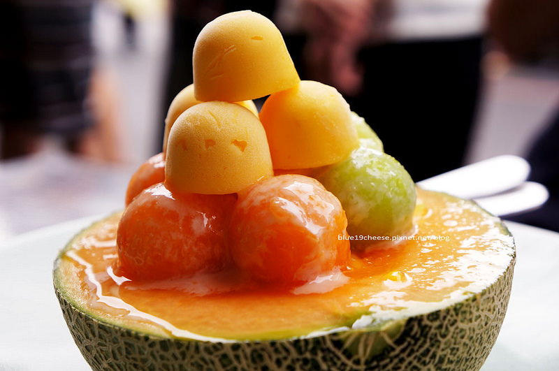 台南中西區│泰成水果店-70年府城老店出現創新冰品的哈密瓜瓜冰
