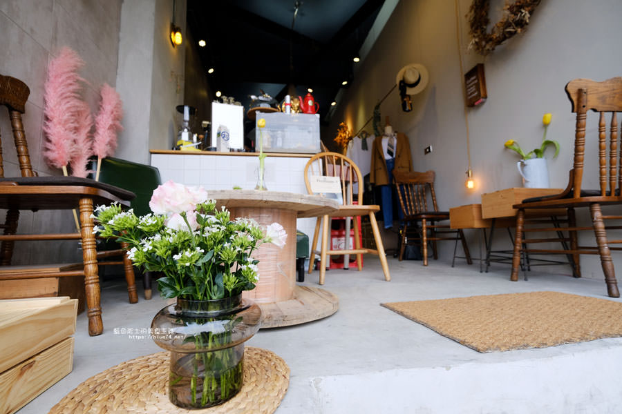 20180501002733 88 - 蒔蘿子咖啡選物工作室-空間不大但滿迷人的.一中商圈深夜咖啡