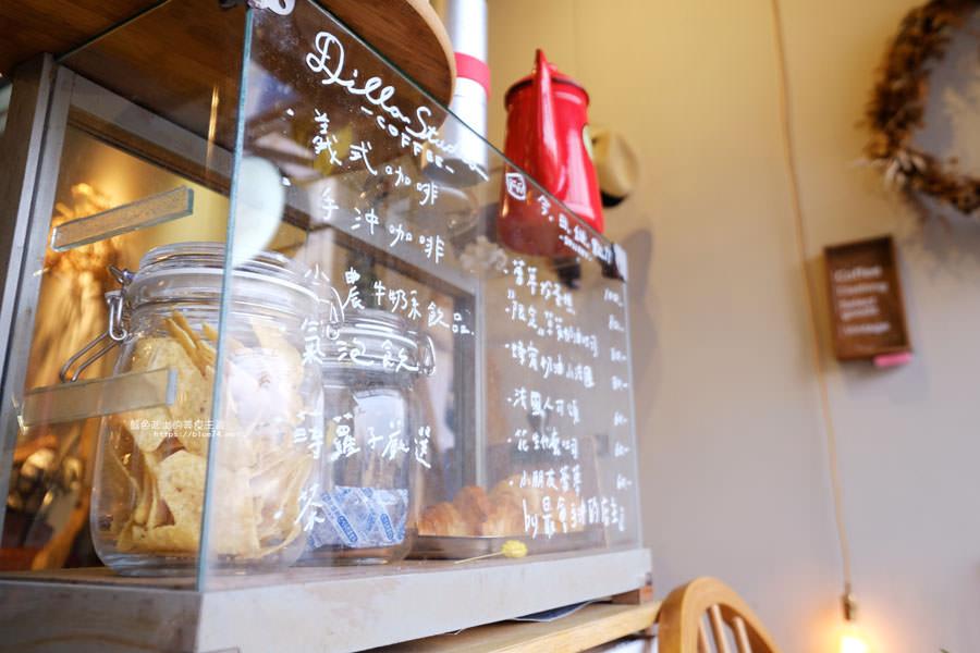 20180501005801 47 - 蒔蘿子咖啡選物工作室-空間不大但滿迷人的.一中商圈深夜咖啡