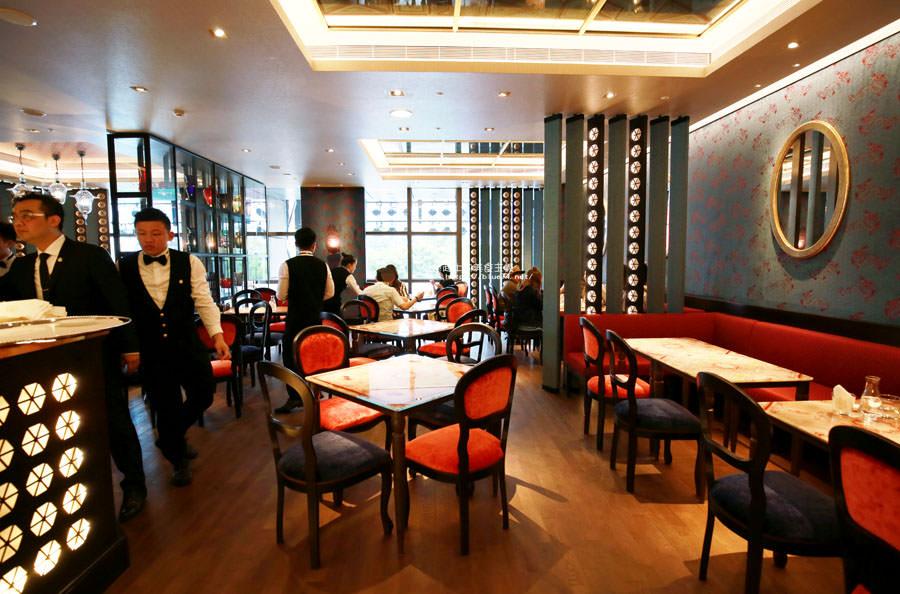 20180522221655 89 - 熱血採訪│福里安花神咖啡台中店-世界最美咖啡館、歐洲最古老咖啡廳、全球第七家分店就在台中新光三越