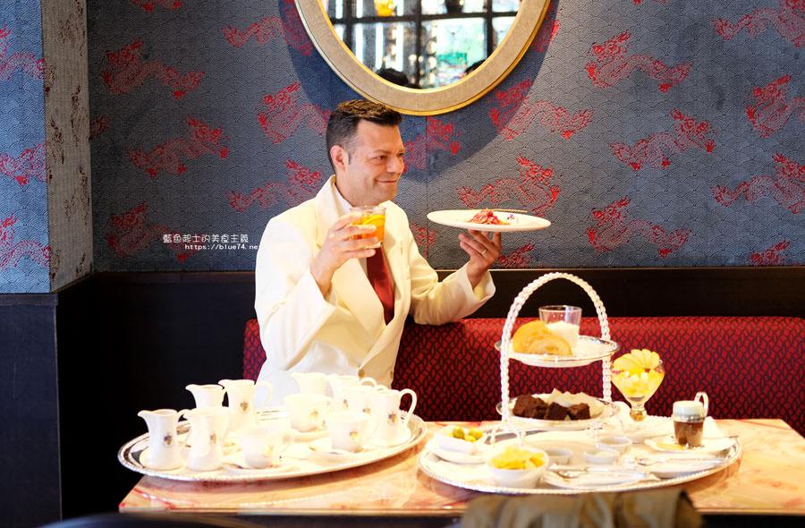 20180522221807 15 - 熱血採訪│福里安花神咖啡台中店-世界最美咖啡館、歐洲最古老咖啡廳、全球第七家分店就在台中新光三越