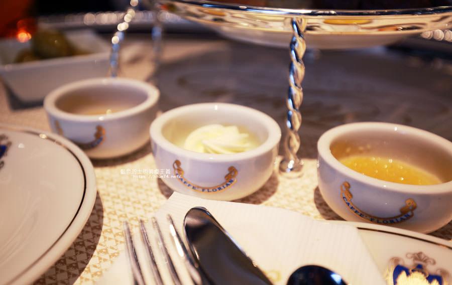 20180523091152 65 - 熱血採訪│福里安花神咖啡台中店-世界最美咖啡館、歐洲最古老咖啡廳、全球第七家分店就在台中新光三越