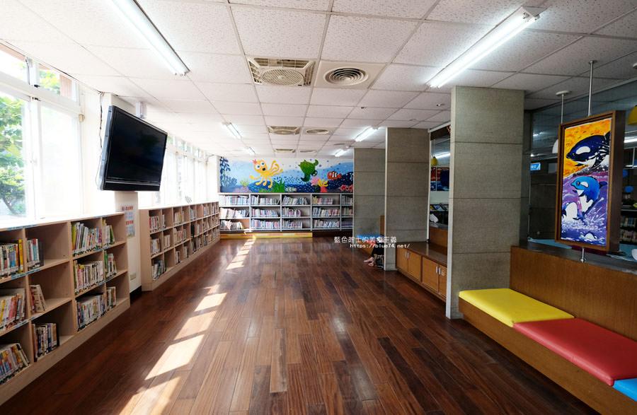 20180610015750 49 - 台中十大圖書館 讓你重新愛看書 不愛?沒關係 還有漫畫和冷氣 更有影音欣賞區及數位閱讀