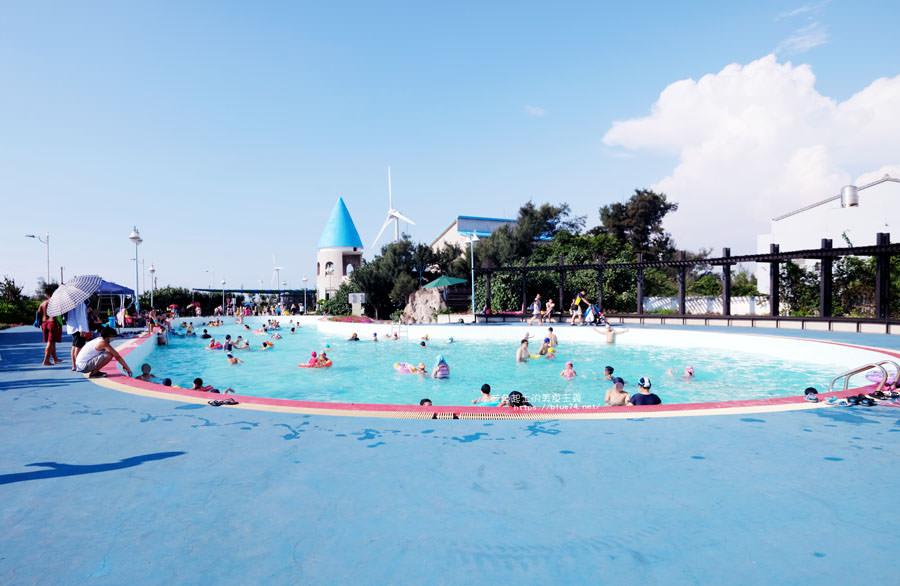 20180707130455 32 - 大安濱海樂園│免費親子戲水池清洗區、停車場、沙雕音樂祭的大安海水浴場,大安濱海旅客服務中心