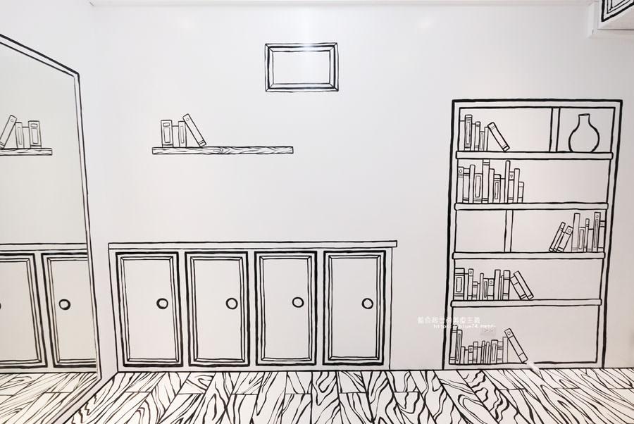 20180710163720 7 - Goddess Cafe│走進漫畫世界裡,超酷的2D黑白漫畫感咖啡廳