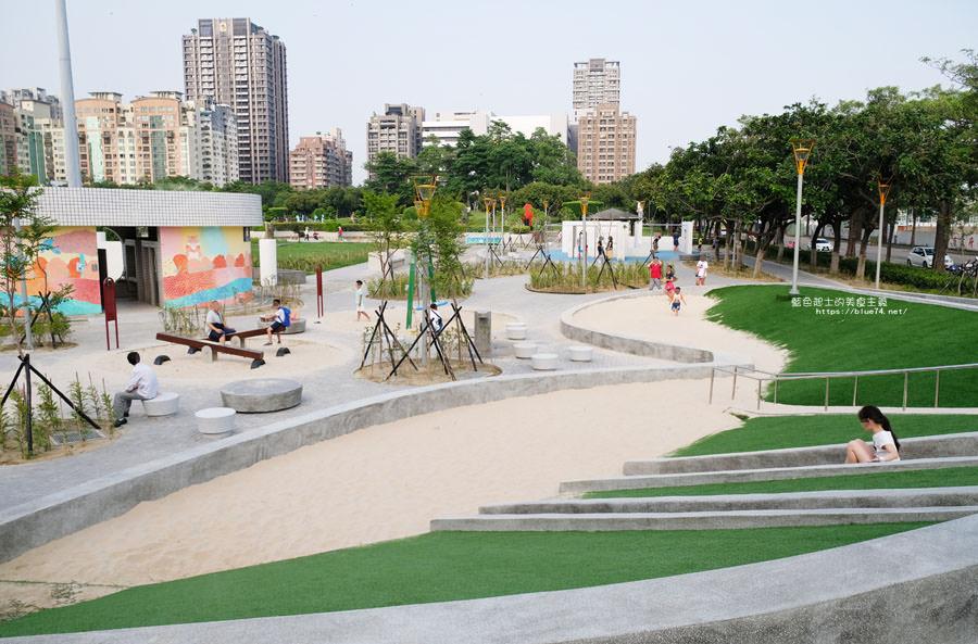 20180717021257 61 - 豐樂雕塑公園-全台第一座公立雕塑公園及跑酷設施公園,增設磨石子溜滑梯、翹翹板、鞦韆、沙坑
