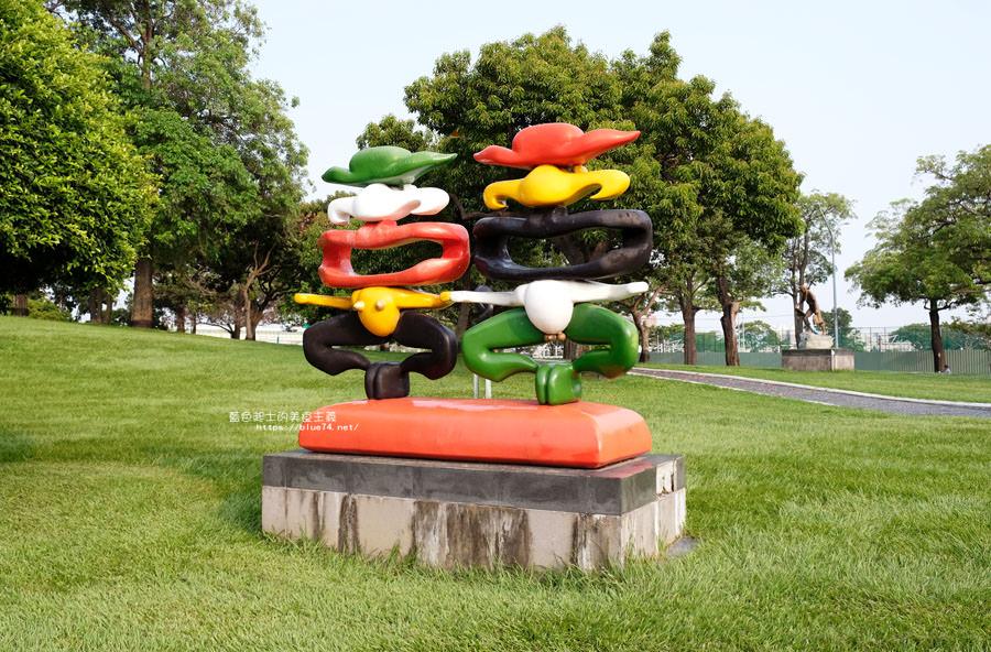 20180717021334 82 - 豐樂雕塑公園-全台第一座公立雕塑公園及跑酷設施公園,增設磨石子溜滑梯、翹翹板、鞦韆、沙坑