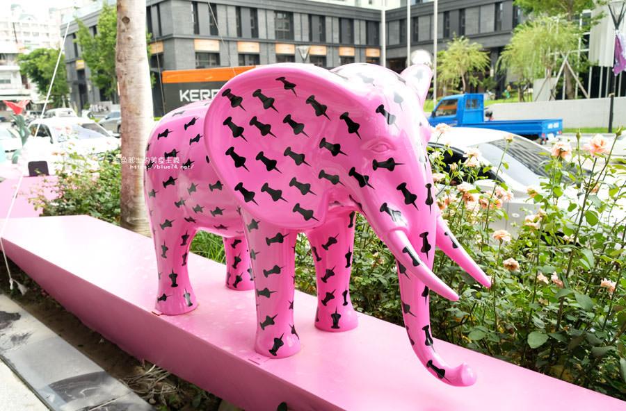 20180719012659 24 - 台中軟體園區Dali Art藝術廣場-全台最大裝置藝術藍色大巨人和巨大玫瑰花降臨藝術廣場,必拍亮點
